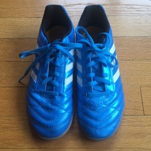 Adidas Boys soccer track running athletic shoes 4